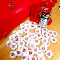 Buttony dla aboslwentów